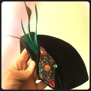 Vintage Ladies Designer Hat Very Very Rare!!